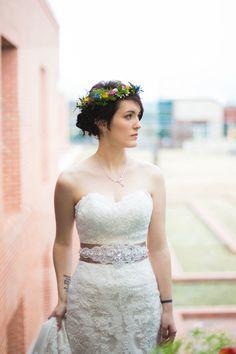 Beautiful bride! Indie Wedding Inspiration. Blog — Emily Oud Photography