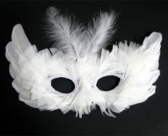 White feathers mask