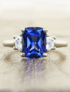 15 Beautiful Engagement Rings That Are The Very Best 'Something Blue' Once in a blue moon, you find the perfect colorful engagement ring.  💍