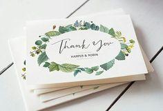 """""""Thank you!"""".  E quem disse que tudo acaba depois do grande dia? O cartão de agradecimento é muito utilizado para agradecer a presença dos convidados e seus presentes.  {via @apracticalwedding website} #cartaodeagradecimento #detalhescasamento #thankyoucard #weddingdetails #armazeminspira"""