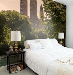 Vehreä keidas  - on tauon paikka! Mr Perswall Central Park, tuotenumero E010401-W, mallisto New York Memories. Tilaa Värisilmä-liikkeestä www.varisilma.fi #tapetti #maisematapetti #makuuhuone