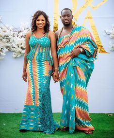 Kente Dress, Kente Styles, Black Bride, Strong Love, Traditional Wedding, Ootd Fashion, Put On, African Fashion, Cover Up