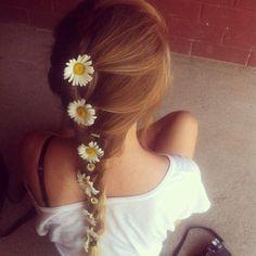 french braid w/ daisies