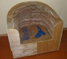 Sofá feito de papelão