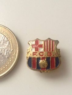F.C.B. FUTBOL CLUB BARCELONA BARÇA FOOTBALL - INSIGNIA PIN BADGE BUTTONHOLE (I2)