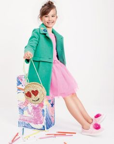 Go for a green coat and pink tulle dress for your little angel and her cute factor will be off the roof. As far as footwear is concerned, suggest that your little girl choose a pair of pink sneakers. Dope Outfits, Kids Outfits, Fashion Outfits, Toddler Fashion, Kids Fashion, Kids Studio, Tween Girls, Toddler Girls, Pink Sneakers