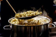 Kulinarik - Meine Tipps zum Reisen und Essen - Travelita Macaroni And Cheese, Ethnic Recipes, Food, Switzerland, Travel Advice, Food Food, Time Travel, Mac And Cheese, Eten
