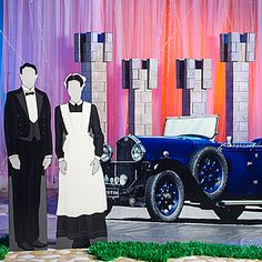 Downton Abbey Party: Get a giant piece of cardboard and make a cutout of a butler and ladies' maid; put out front to greet guests. Unique Prom Themes, Prom Decor, Wedding Decor, Downton Abbey Fashion, 1920s Wedding, Party Themes, Party Ideas, Maid, Party Planning