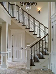 Decor You Adore: Step up your Staircase!