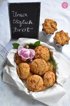 Unser täglich Brot: Kürbis-Speckweckerl - sugar&rose Muffin, Breakfast, Food, Peasant Bread, Food Food, Morning Coffee, Essen, Muffins, Meals