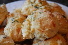 Ruby Tuesday Restaurant Copycat Recipes: Garlic Cheese Biscuits