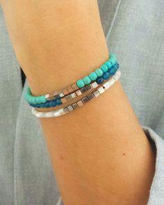 Bracelets perles en agate bleue, en howlite turquoise ou en nacre blanche. Shop on ---> www.elodietrucparis.tictail.com
