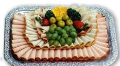 Ideas party food display antipasto platter for 2019 Party Food Buffet, Party Food Platters, Party Trays, Best Party Appetizers, Best Party Food, Party Food Easy Cheap, Anniversary Dessert, Catering Food Displays, Fruit Juice Recipes