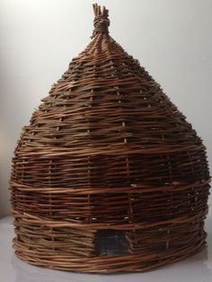 Large willow bee skep for housing bumble bees in your garden. Hand made by Katherine Miles at www.artisan-willow.com £70.00