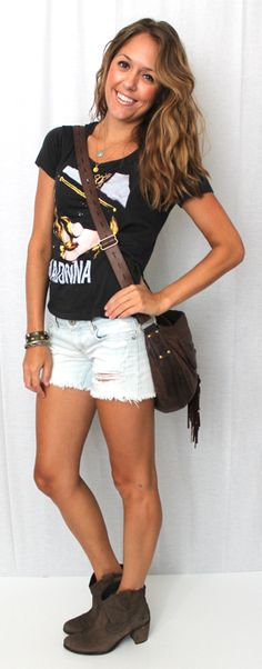Concert outfit: cutoffs and boots
