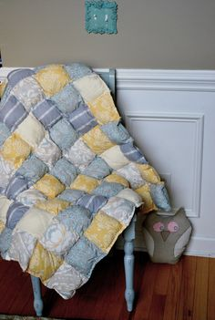 pillow crib quilt, yellow, gray and pale blue