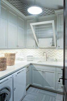 Amazing Farmhouse Laundry Room Decor Ideas 14