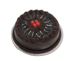 Send fresh and yummy Chocolate Crunch Cake in Ahmedabad from the SendGiftsAhmedabad. Buy the eggless Chocolate Crunch Cake for the special occasions like birthdays, anniversary and much more with the fast mid night delivery for the address located in Ahme Chocolate Truffle Cake, Chocolate Crunch, Chocolate Filling, Chocolate Truffles, Chocolate Cakes, Chocolate Lovers, Cake Home Delivery, Online Cake Delivery, Order Cakes Online