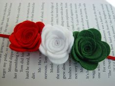 Items similar to Wool Felt Flower Headband-Classic Holiday Combo-Red, Green and White-Infant to Adult on Etsy Felt Roses, Felt Flowers, Felt Crafts, Diy Crafts, Felt Ornaments, Felting, Wool Felt, Jewelry Crafts, Hair Bows