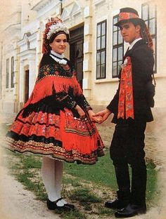 Hungarian folk costume from Sárköz, Hungary.