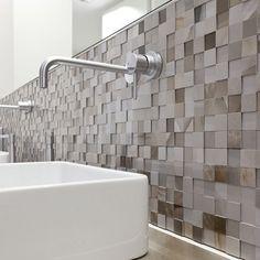Alabaster marble flooring of shiny ceramic tiles: Alabastri Collection