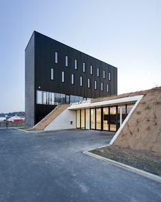 Centro Cultural de Anndenne / Label Architecture