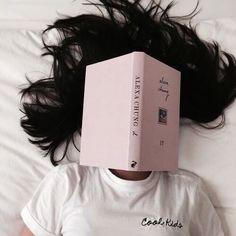 ... lexo, lexo, lexo, mendo në krijesat, në përbërjen materiale, dhe lidhjen imagjinare (shpirtërore), mendito në lëvizjen e tyre, në formën, lexo librin tënd ... imagjino në imagjinatë pa kufizime... imagjino tërësinë si individuale ... ëndërro ... imagjino,lundro,noto,...në një krijim si tërësi dhe tërësinë si një krijim ...