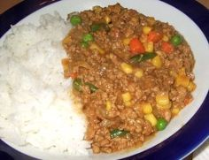 Hamburger Curry with fresh carrot and potatoes instead of mixed veggies