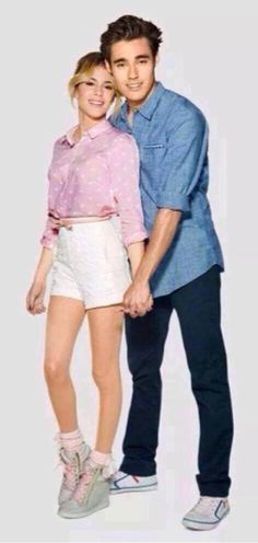 Violetta and Leon Serie Disney, Disney Shows, Disney Channel, Cute Celebrities, Celebs, Violetta Outfits, Violetta Live, Best Tv Couples, 19 Kids And Counting