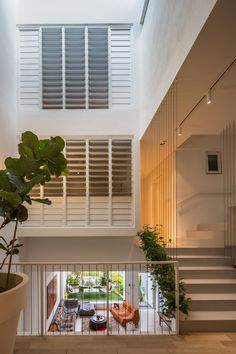 This Garden Home at Rienzi Street in Singapore was designed in 2014 by A D LAB. The Narrow House area is m² ft²). House Design, House, Singapore House, Village House Design, Open Space, New Homes, Narrow House, Skylight Design, House And Home Magazine