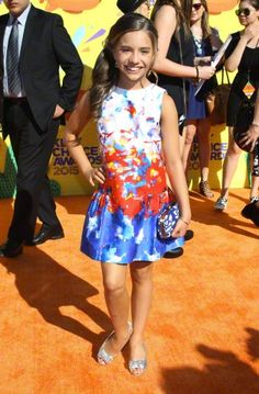 Mackenzie Ziegler made a Public Appearance at the Nickelodeon Kids Choice Awards Maddie And Mackenzie, Mackenzie Ziegler, Maddie Ziegler, Young Celebrities, Celebs, Kids Choice Award, Choice Awards, Mack Z, Celebrity Style Dresses