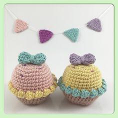 Little pastel party cupcakes! #crochet #craft #hobby #homedecor #pastel #cupcakes #frosting #bows #kawaii #kawaiicrafts #crocheting #yarn #yarnaddict #teatime #crocheted #amigurumi