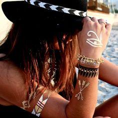 GET THE LOOK: Alessandra Ambrosio met de tijdelijke Flash Tattoo | I LOVE FASHION NEWS