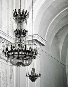 Chandeliers, Like a lady.