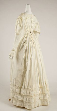Dress Date: 1830s Culture: American or European Medium: cotton Dimensions: Length at CB: 52 1/2 in. (133.4 cm)