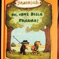 """OH, COM'E' BELLA PANAMA! di Janosch Emma Vaccaro (traduzione) Kalandraka Editore Alcuni libri bussano direttamente dalla propria infanzia. Questa volta è stato Janosch. E' accaduto nel 2013, quando Kalandraka ha riedito in Italia """"Oh, com'è bella Panama!"""", libro che nel 1979 ha reso famoso l'autore, libro che mia mamma mi leggeva in lingua originale. Viaggio, avventura, sogni, felicità, libertà, sono alcuni ingredienti.   Continua su www.gallinevolanti.com/2014/10/oh-come-bella-panama/"""