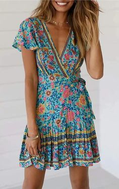 This effortless Summer Floral Wrap Dress is so versatile, throw on a pair of slides for a casual look, or a pair of simple heels to take it up a notch. This Summer Floral Dress is available in +15 floral patterns and colors | Amazon Floral Dress | Amazon Summer Dress | Beach Dress | Vacation Dress | Summer Mini Dress | Mini Dress Outfit | Casual Dress | Casual Summer Outfit | Pool Party Dress | Cute Summer Dress | Vacay Dress | Vacation Outfit Ideas | Summer Outfit Ideas | Brunch Outfit | #OOTD Wrap Dress Floral, Boho Dress, Floral Sundress, Dress Beach, Floral Bikini, Beach Dresses, Floral Dresses, Floral Maxi, Casual Dresses