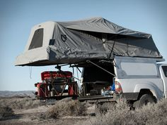 AT Overland Equipment have unveiled the all new Tacoma Habitat truck topper, a lightweight aluminum shell with robust gas springs that allow it to easily open revealing a full stand up room in the bed of the truck. With room for two adults, the shell Truck Canopy Camping, Truck Bed Tent, Camping Hammock, New Tacoma, Tacoma Truck, Overland Tacoma, Truck Toppers, Pop Top Camper, Camping 101