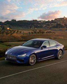 Best classic cars and more! Maserati Ghibli, Maserati Car, Ferrari, Bugatti, My Dream Car, Dream Cars, Maserati Quattroporte, Lamborghini Veneno, Best Classic Cars
