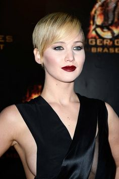 Jennifer Lawrence And The Best Dark Lipstick Looks – Trendy Celeb Beauty Looks | OK! Magazine