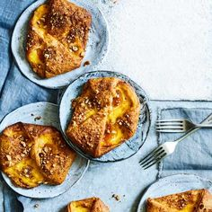 Apricot and hazelnut pastries