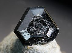 Jordanite - Lengenbach Quarry, Fäld, Binn Valley, Wallis, Switzerland FOV : 4 mm