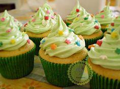 Cupcakes de Limão Thaiti #cupcakesloverspe #voltinhaperfeita #mrdelicias #cupcakespe