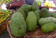 "Aracaju, Brazil Market - A bunch of ""Graviola"" - Photo by Dan Trepanier"