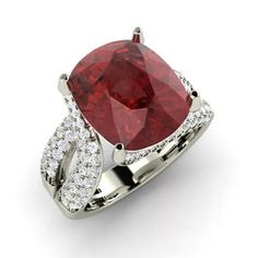 Cushion-Cut Garnet Engagement Ring in 14k White Gold with SI Diamond