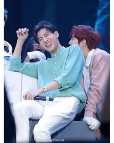171311 #MarkBam #Got7 #makeandmeetwithgot7 #itsskinthailand thank cr.myspace_bs