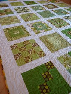 Love this green quilt!