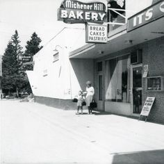 The Michener Hill Grocery store and Bakery on Ross St, east of 41 Ave. Texaco, Red Deer, Old Buildings, Historical Photos, Grocery Store, Bakery, The Past, Fair Grounds, Abs
