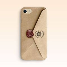 This phone case that looks like a Hogwarts acceptance letter is a fun Christmas gift idea for teens. Lots of Harry Potter gifts from Etsy in this list! #fashiongiftideas
