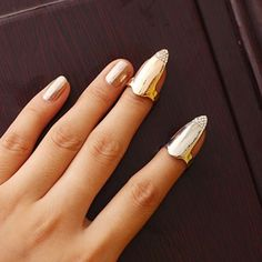 Unique Rhinestone Decorated Simply Designed Fingertip Ring For Women    (ONE PIECE)